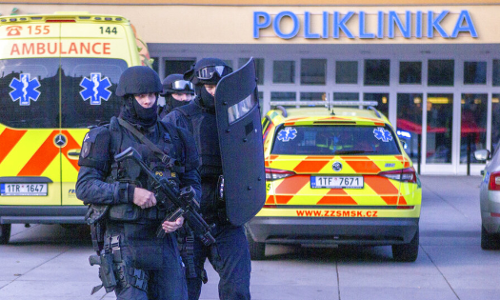 Suspect shoots 6 dead in Czech hospital, then kills self