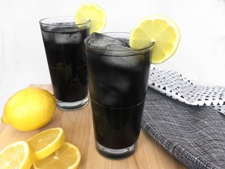 Charcoal drink to help reduce belly fat
