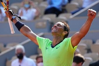 Nadal advances to semifinals in French Open tennis tournament