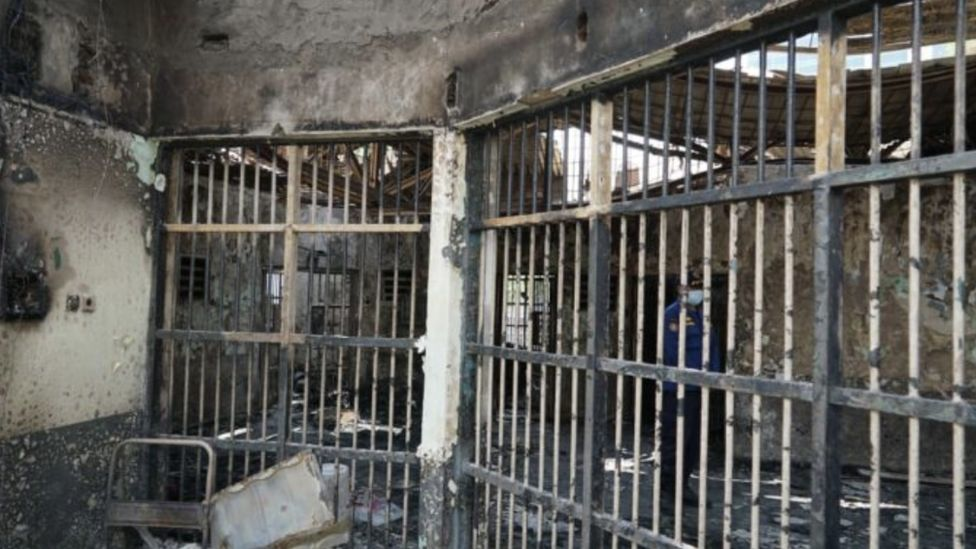 Fire sweeps through Indonesian jail, killing 41