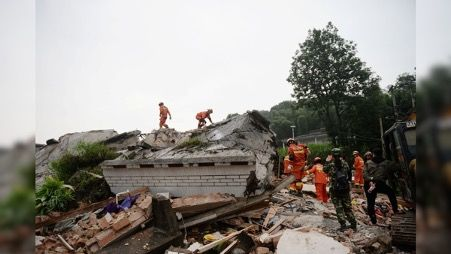 2 killed, dozens injured after earthquake in SW China